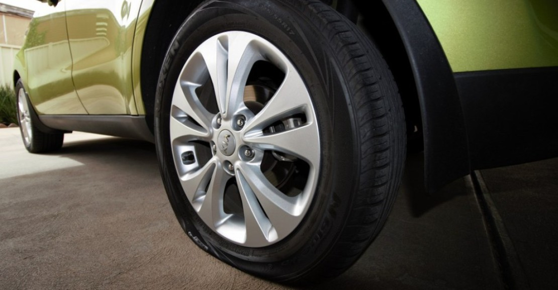 most-common-causes-of-a-flat-tyre